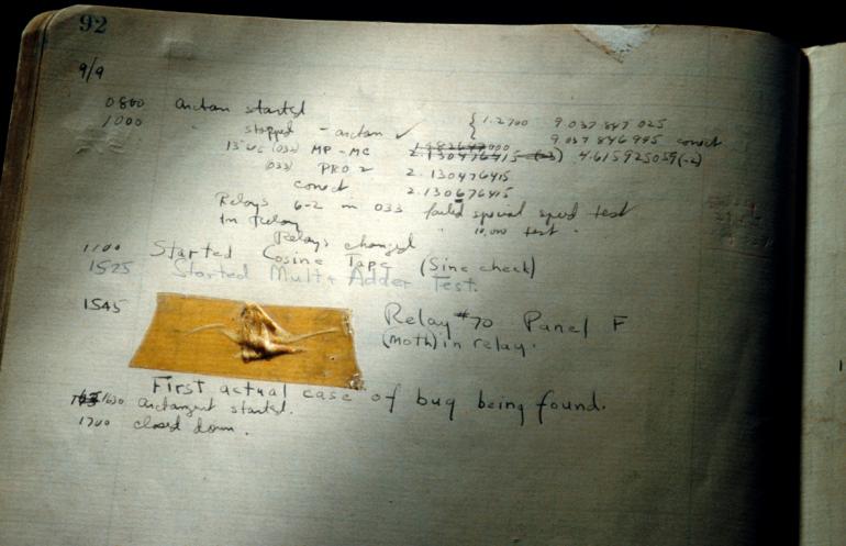 Grace Hopper'ın defterine aldığı not